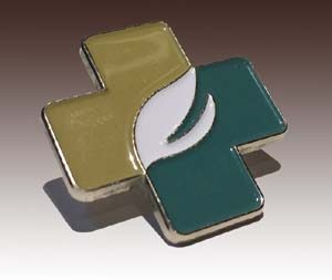Soft enamel lapel pin with gold plating